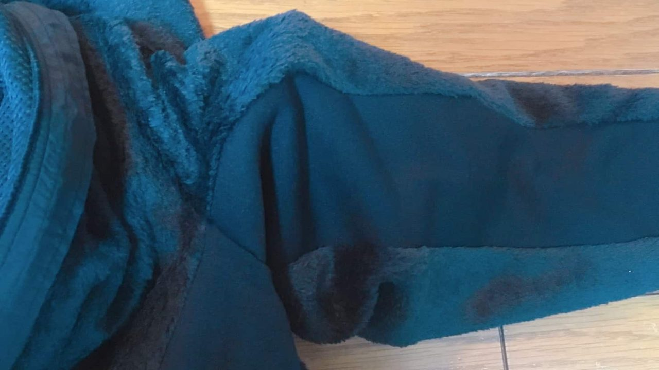 ノースフェイス ジップインバーサミッドジャケット 脇下のストレッチ素材