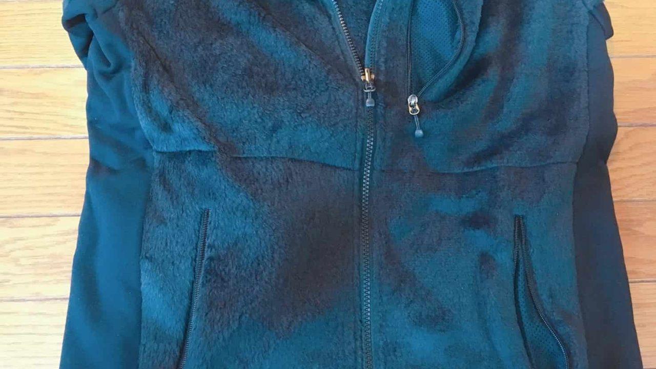 ノースフェイス ジップインバーサミッドジャケット 前面には3つのポケット