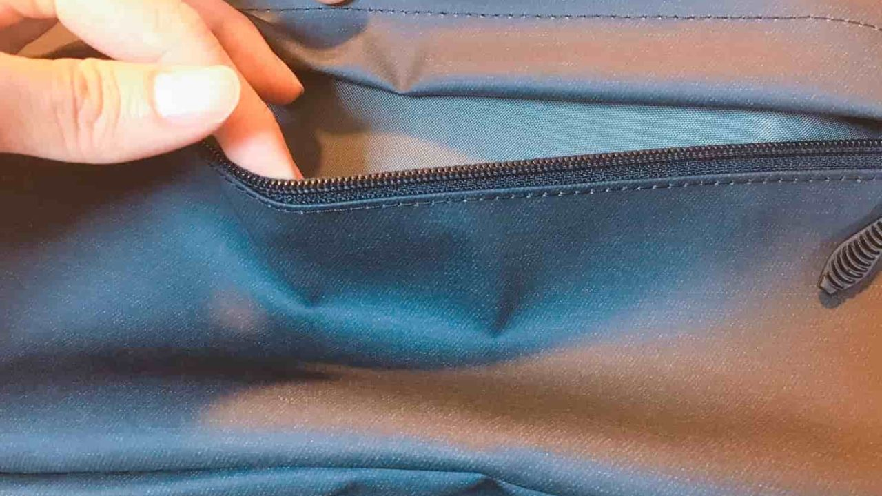 コールマン シールド35 上部ポケット