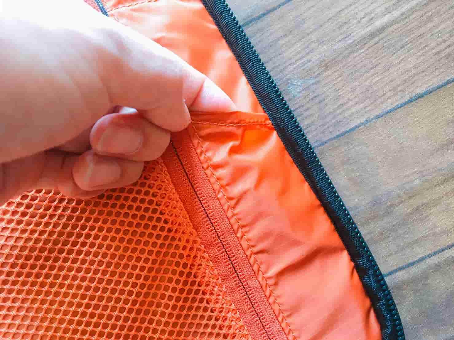 マムート セオントランスポーター セカンドコンパート右側ポケット